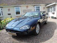 Superb 1997 Jaguar XK8 Very collectable.