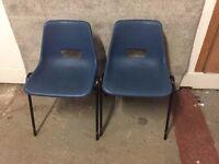 2 Plastic Chairs 45/11/16