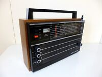 SELENA Vintage Radio Receiver in great condition,Made in USSR