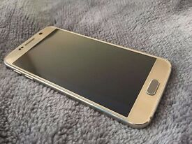 Samsung galaxy S6 Gold 32gb unlocked ,very good condytion