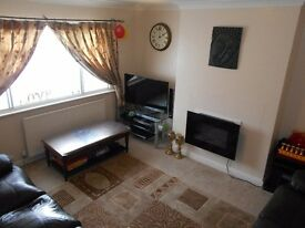 TWO BED MAISONETTE IN FELTHAM near to ashford stanwell bedfont heathrow airport hatton cross