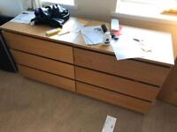 2 Chest of drawers & matching bedside table
