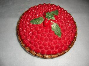 Ceramic Strawberry Pie Plate with Colourful Decorative Lid