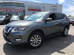 2017 Nissan Rogue SV AWD TECH PKG| NAVI| ROOF| 360CAM| BSW