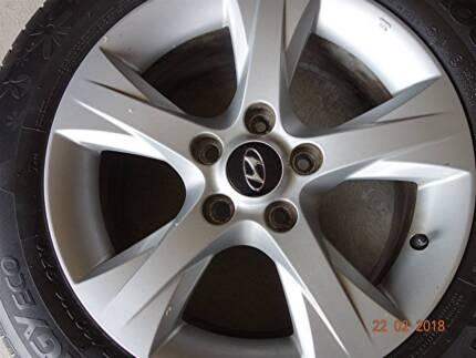 2  16 Alloy wheels & tyres fit Hyundai or Kia