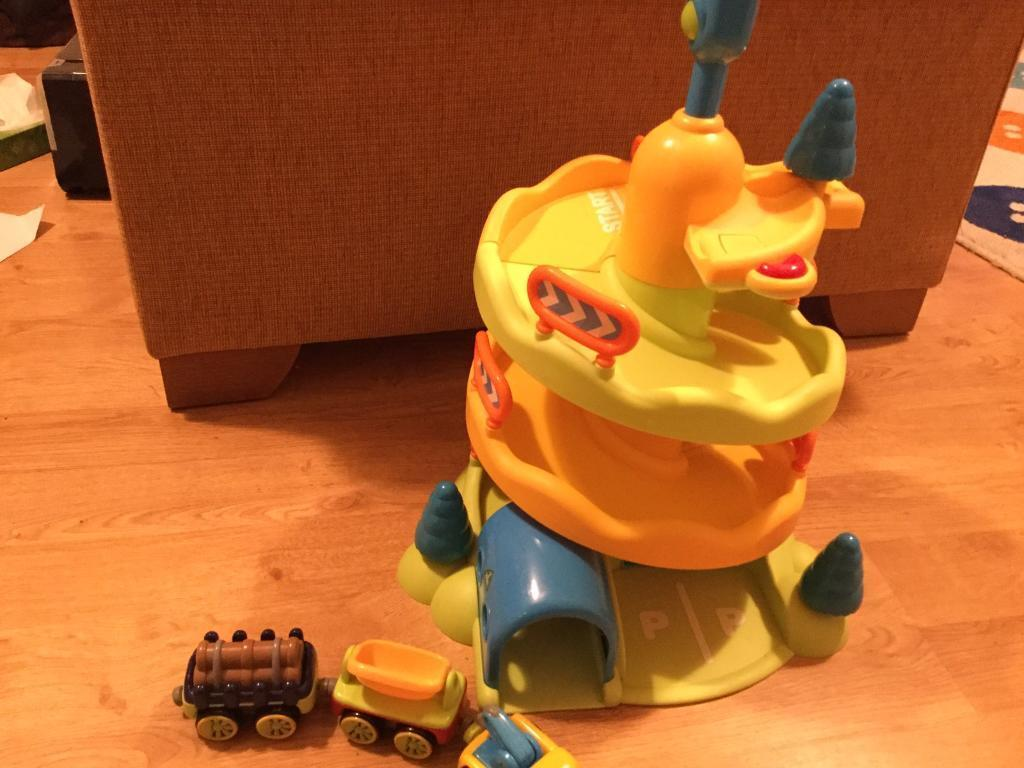 Early learning centre lights and sounds whizz down mountain car toy