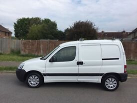 Peugeot Partner 1.6 HDI. Side loading door. Long MOT. Immaculate van and great value for money.