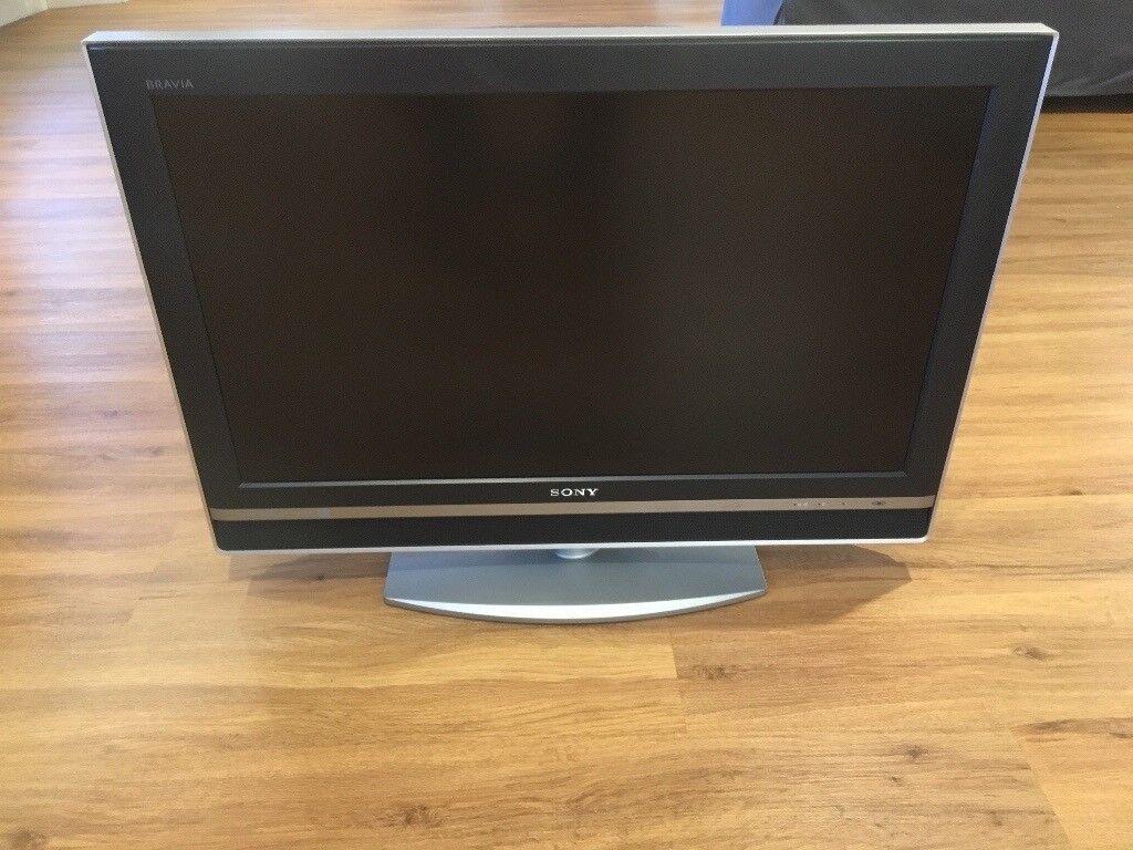 Sony Bravia Tv Lcd 32 Inch Tv Kdl 32v 2000 In Duns Scottish