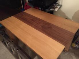 Oak extendable dinning room table
