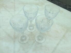 4 Crystal Wine Glass with design (Brand New)