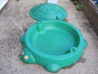 Little Tikes Paddling pool / Sandpit