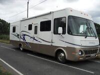 2004 DAMONWORKHORSE DAMON DAYBREAK AMERICAN MOTORHOME 8 BERTH SLIDEOUT SIDE AUTOMATIC LOW MILES