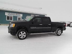2012 GMC SIERRA 2500HD DENALI,DIESEL,CREW,4X4,LEATHER,LOADED!!
