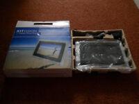 "New Kit Vision 7"" Digital Photo frame"