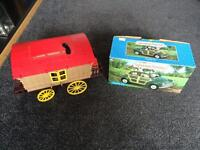 Sylvanian family's car & trailer with animals