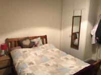 Room in 2 bed flat Chesser, Edinburgh!