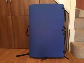 barely used organic crash pad with FREE GUIDEBOOK