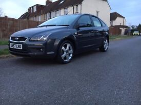 Ford Focus 1.8 Zetec Climate 5dr£2,395 p/x welcome Full service History/ New MOT 2007 77,000 miles