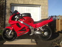 Honda VFR750FV, 1997 £1600 ovno; or exchange for Honda XR400 complete or project (see below)