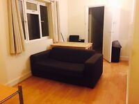 NEW BRAND FLAT+LIVING 3 DOUBLES ROOMS AVAILABLE