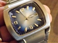 Mans stainless steel watch with chunky strap as new in box ,, blue ans silver face mint