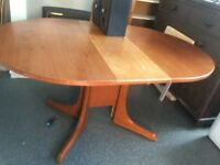 Large oval drop leaf Dining table