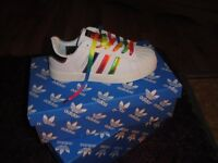 ladies addidas rainbow trainers size 5