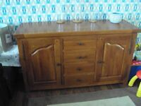 SOLID WOODEN SIDEBOARD IN GOOD CONDITION £90