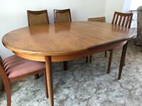 G Plan extendable Dining Room Table plus 4 chairs