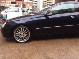 Excellent condition and drives perfect.Cruise control, Central locking, Driver's airbags, Side airba
