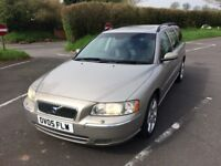 VOLVO V70 AUTOMATIC ESTATE (petrol) IN SUPERB CONDITON ALL-ROUND 12 MONTHS MOT with FSH !