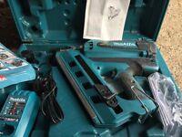 Makita gn900 nail gun
