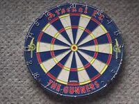 Winmau Dartboard - Arsenel Gunners - NEW/BOXED.