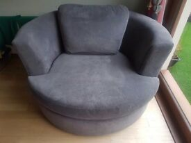 Swivel/love chair, like new, rarely used, grey