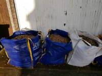 golden flint angular gravel. Buyer to collect and bring own ton bag. I will help load.