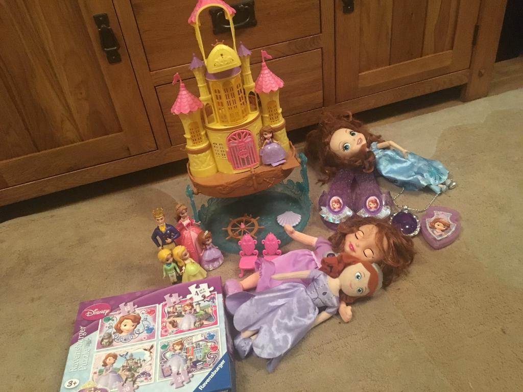 Princess Sofia toy bundle