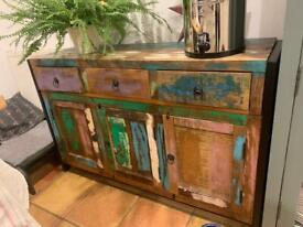 £50 Sideboard Cash and Carry Must Go'