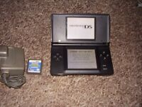 NINTENDO DS BLACK WITH 4 GAMES