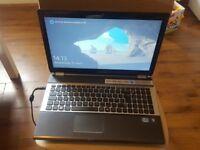 Laptop Samsung, Disc 464GB, RAM 4GB