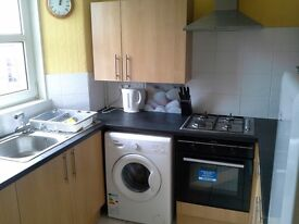 HMO 3 bed top floor flat located in Stirling city centre