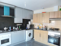 FANTASTIC MODERN EN-SUITE ROOM, ALL INCLUSIVE, CLOSE TO TUBE