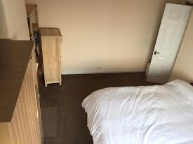 Double room to let in Grove Park