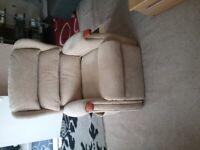 Celebrity Westbury Grande Dual Motor Lift And Tilt Raiser Recliner Chair