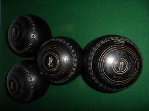 Henselite lawn bowls, size 5. Waverley Eastern Suburbs Preview