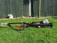 Titan Extendable Pole Hedge Trimmer. 400w. 10m flex. Model No. TTB427GTM