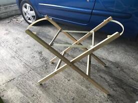 Moses basket stand pine