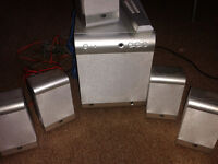 Speaker surround system, subwoofer and 5 satellite speakers