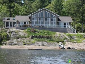 $879,000 - Cottage for sale in Honey Harbour