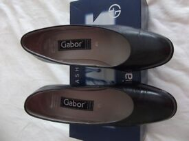Gabor ladies shoes - unworn