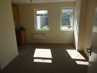 5 Rooms To Let All With Own Shower & Toilet
